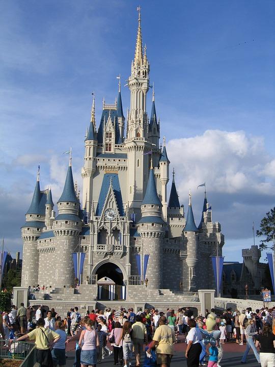 Disneyland w Orlando, turystyka bez barier, podróżowanie na wózku inwalidzkim, wózek inwalidzki