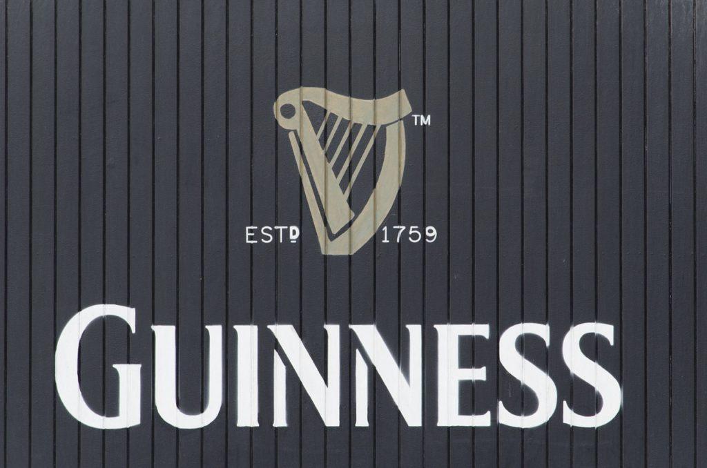 Guinness, piwo Guinness, elektryczny wózek, wózek elektryczny, wózek inwalidzki, turystyka bez barier